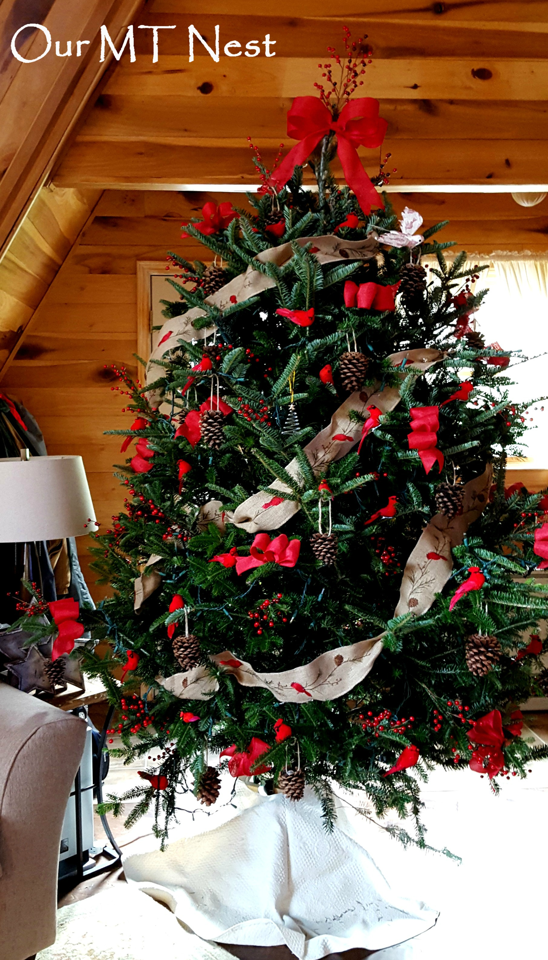 Christmas Tree 2015: Birds, Berries, and Bows